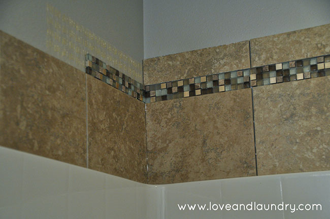 A quick and easy shower/tub tile update
